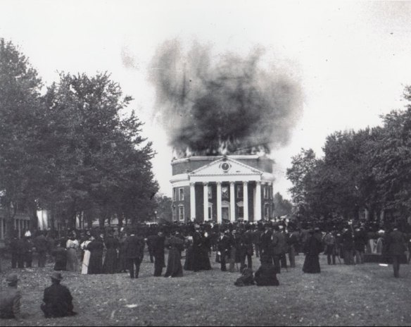 View_of_the_Rotunda_burning,_from_the_UVA_lawn,_October_27,_1895